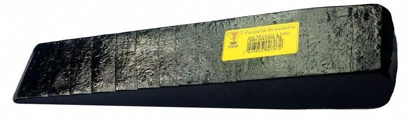 Descrição:Forjada em aço especial de qualidade.